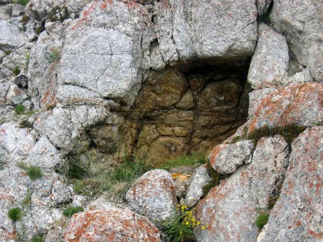 Пещера духов Тибета